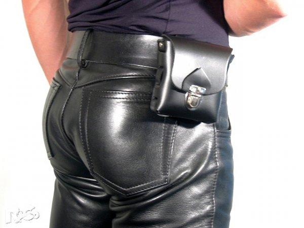 R&Co Leather Belt Pocket S