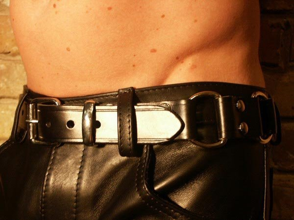R&Co Handcuff Belt