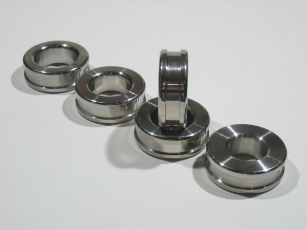 Stainless Steel Ballstretcher 22 mm High