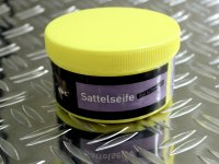 B & E Soap for saddles 250 ml