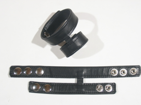 R&Co Double Cockstrap with Dull Pins