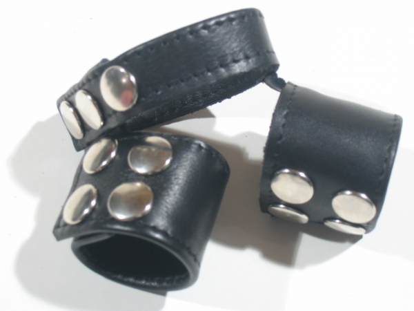 R&Co Triple Cockstrap Wide Bands Dull Pins