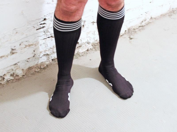 R&Co Football Socks + Stripes - Black/White