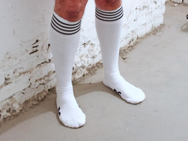 R&Co Football Socks + Stripes - White/Black