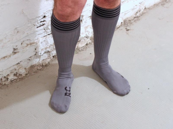 R&Co Football Socks + Stripes - Grey/Black