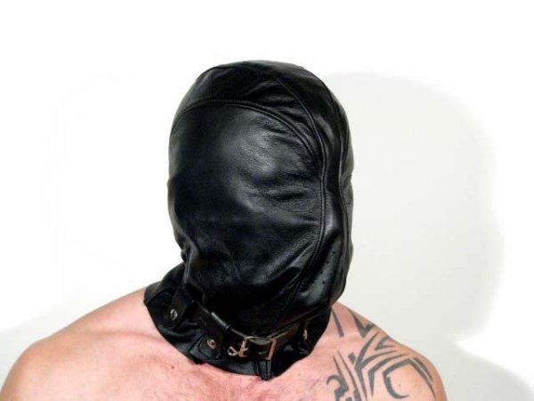 R&Co Kidnapping Hood