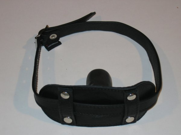 R&Co Rubber Gag Front Buckle