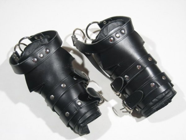 R&Co Padded Foot Suspension Restraints