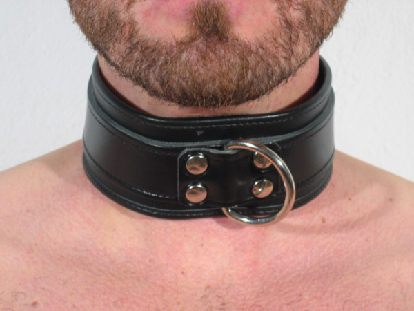 R&Co Slave Collar with Black Centre